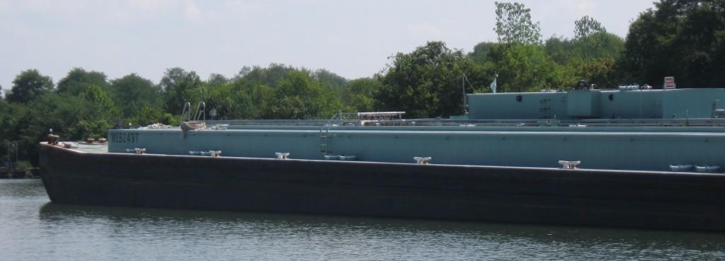 Asphalt barge